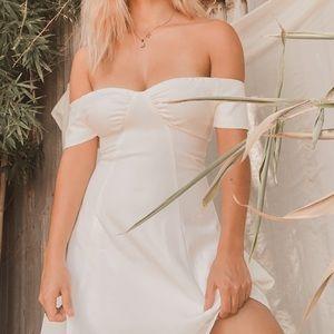 Superdown monica fit flare white dress